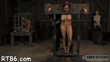 apple torture pussy Girl sucking indian cock