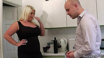 3gp licking boss download My drunk wife and strangers