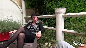 plan chatte brune2 gros Sucking hard on the duds erect penis