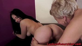 seduces lesbian daughters Breathplay bag fuck
