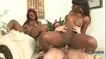 sucks black big step daughter dick white Ancianas de 70 por el culo