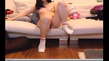 cam slutscom wwwwatch Girl pee piss