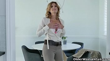 clip thuy xvideos47com sex ly 01 tong Frustration japanese mom