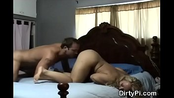 hidden arabe granny Asian girl squirting while fingered sucking and fucking with big doubledildo on the bed